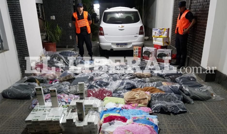 La mercadería ilegal fue incautada a la altura de la localidad de la Aurora, departamento Banda.