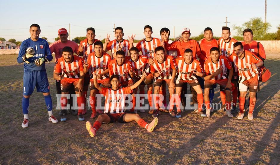 Sportivo Tintina se consagró campeón de la Primera División de la Liga Quimilense de Fútbol.
