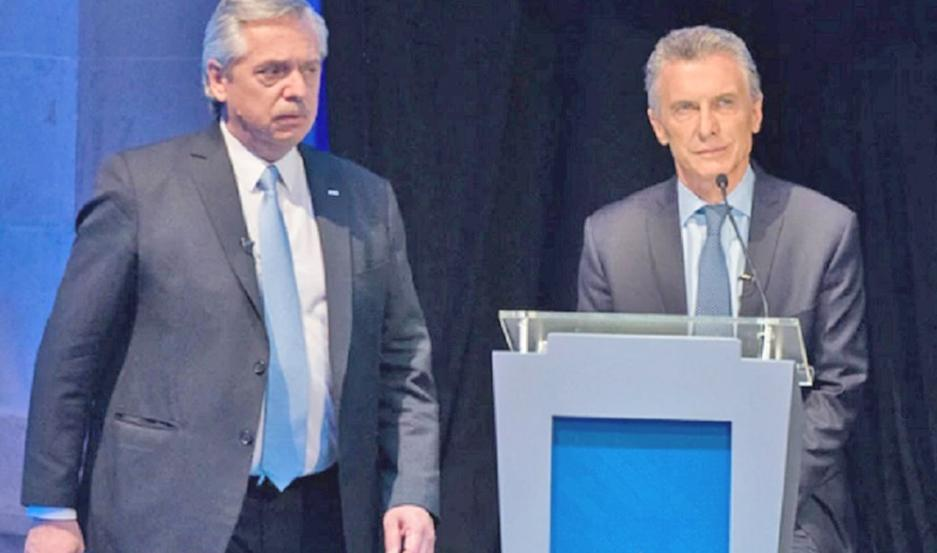 Los dos candidatos principales de la contienda tuvieron fuertes cruces durante el debate.
