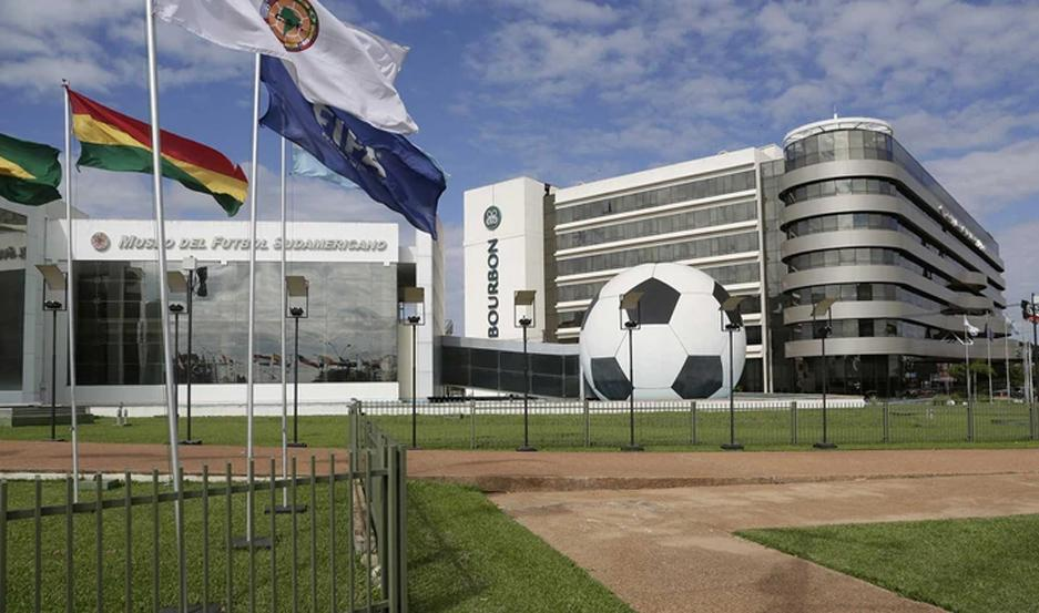 El encuentro entre las dos instituciones deportivas va a tener lugar en la sede de la Conmebol, en Paraguay.