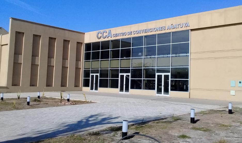 SEDE. El Centro de Convenciones de Añatuya reunirá a los mejores deportistas de la ciudad.