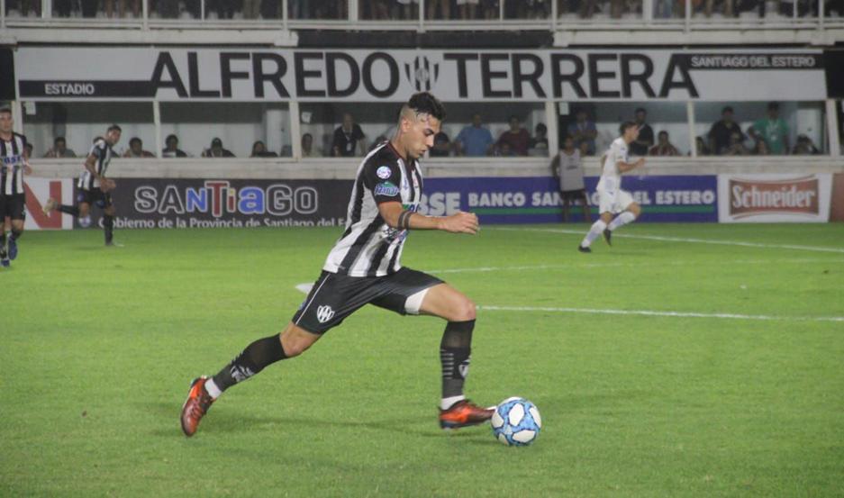 INCÓGNITA Oscar Salomón arrastra una dolencia y es la única duda que maneja Gustavo Coleoni para confirmar el equipo que buscará ganarle a River.